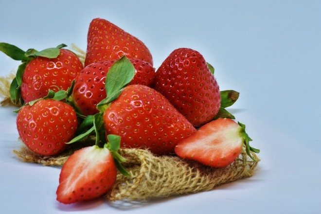 strawberries-3123506_960_720